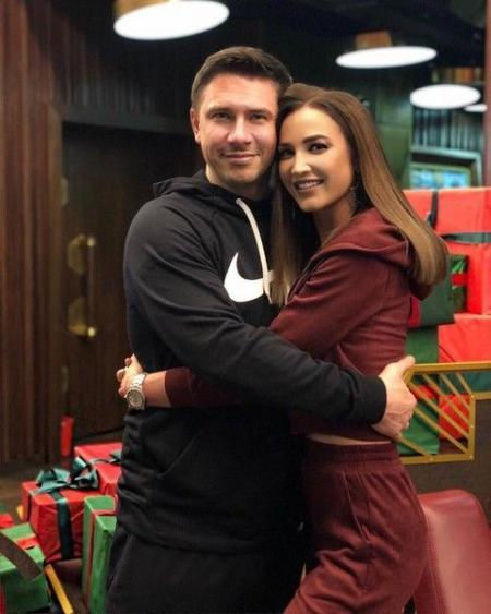 Ольга Бузова снова ходит в кино с Батрутдиновым