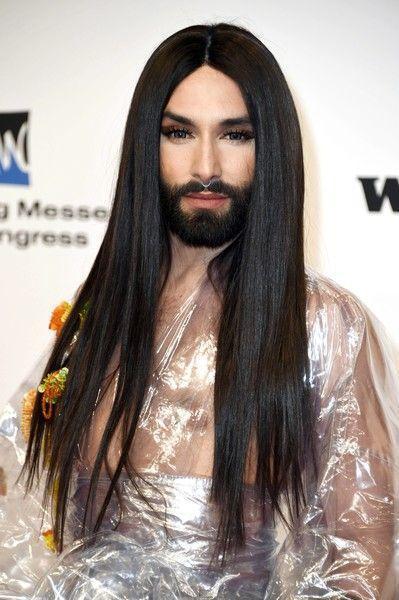 Лысая и бородатая: новый образ Кончиты Вурст