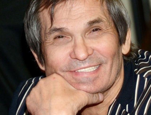 Бари Алибасов вышел из комы, но ничего не помнит