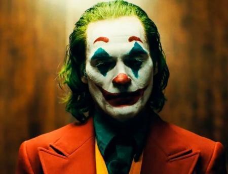 """Как жестокость превращает улыбку в гримасу: вышел трейлер фильма """"Джокер"""""""