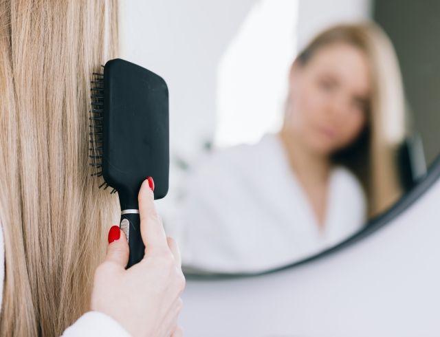 Что делать, если путаются волосы: советы и лучшие средства
