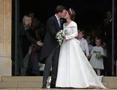 Принцесса Евгения трогательно поздравила супруга с первой годовщиной семейной жизни