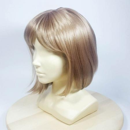 Парики из искусственных волос, преимущества