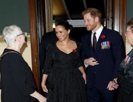 Герцоги Кембриджи и Сассексы наконец-то появились на публике вместе впервые за четыре месяца (ФОТО)