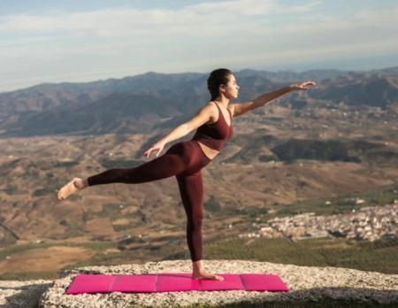 ТОП-7 упражнений для стройных ног