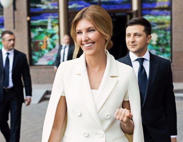 В Сети обсуждают: Елена Зеленская пришла на официальную встречу в шлепанцах (ФОТО)