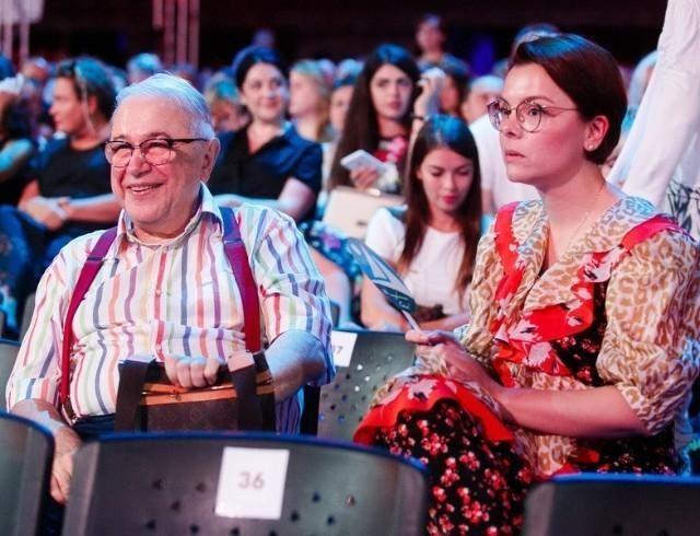 Молодая возлюбленная Евгения Петросяна ответила хейтерам на обвинения в развале его брака