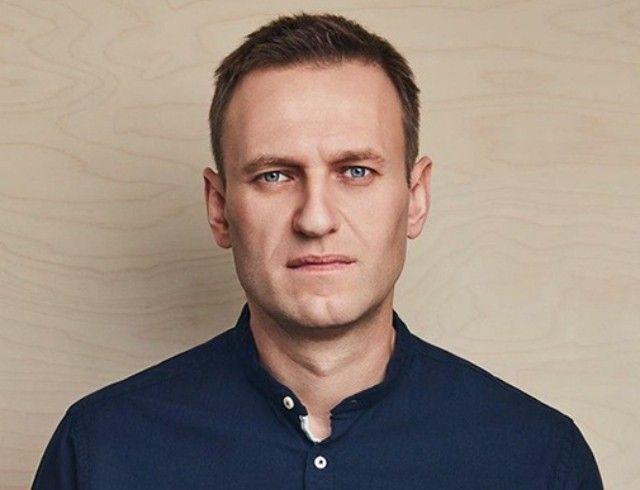 """""""Привет, это Навальный"""": политик впервые после комы вышел на связь"""